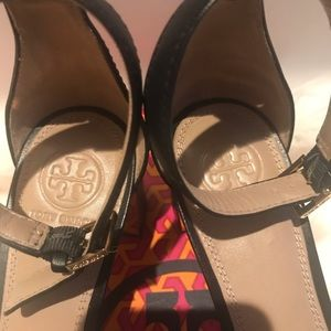 Tory Burch Shoes - Tory Burch Heel Sandals Size 7